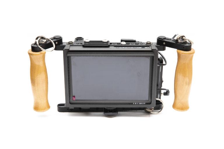 Liliput 7'' Field Monitor im wooden camera Directors Cage mieten