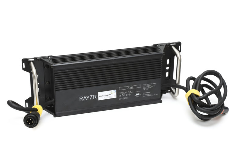 Rayzr MC 400 Max RGBWW Soft Panel mietend